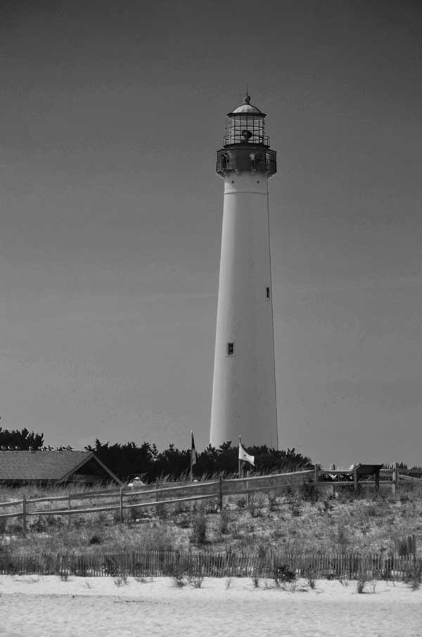 Cape May Lighthouse Black/white